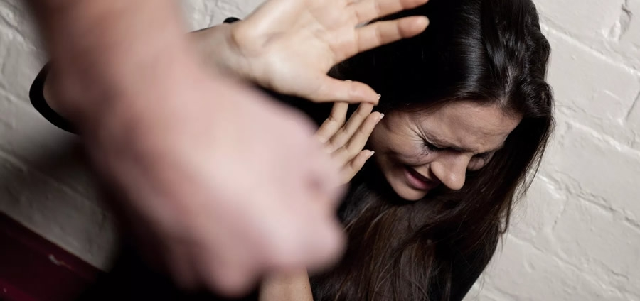 Dipendenza affettiva e crimini relazionali.Stalking, Violenza domestica e Femminicidio